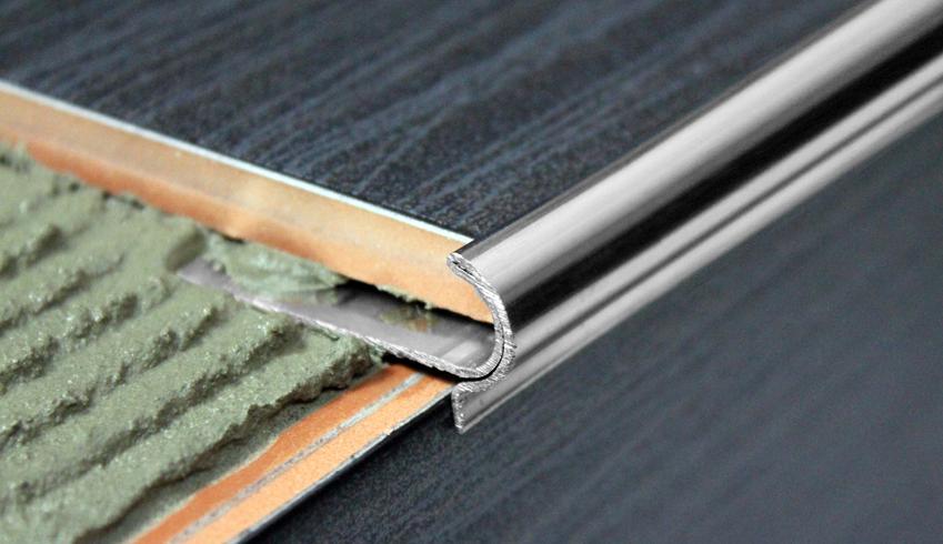 Íves beépíthető rozsdamentes acél lépcső profil