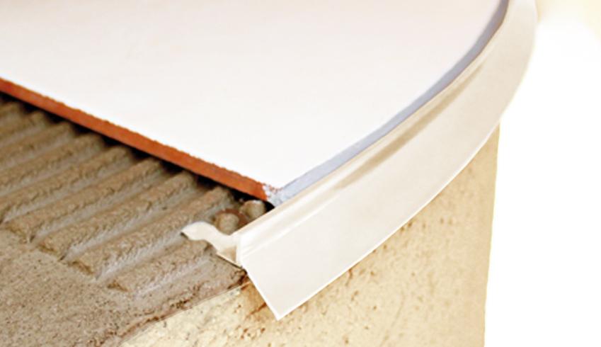 Terrace curvable aluminium profile