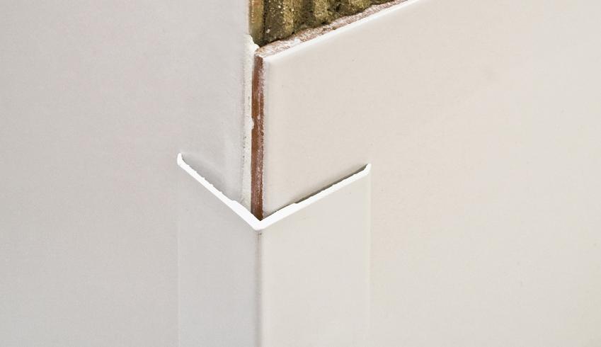 Sarokélvédő PVC profil