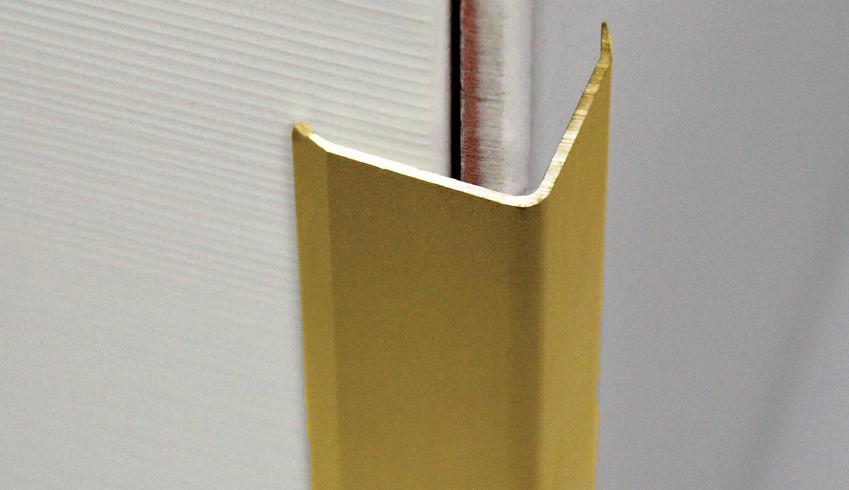 Sarokélvédő natúr sárgaréz profil